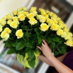 букет жовтих роз фото