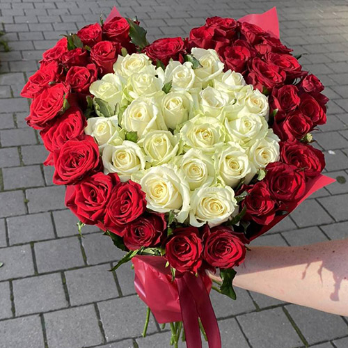 ,ertn 51 троянда серцем