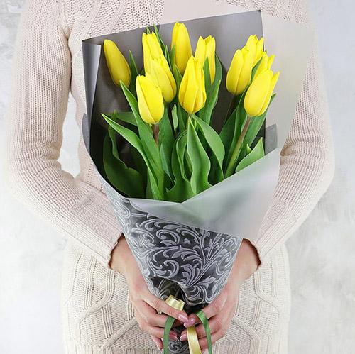 11 жовтих тюльпанів фото