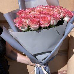 """Букет """"Міс Джумілія"""" 51 троянда фото"""