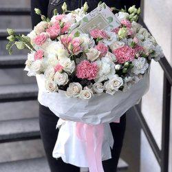 """Букет """"Коханій"""" троянда спрей, еустома, гвоздика фото"""